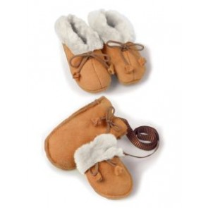 Childrens Slippers & Socks