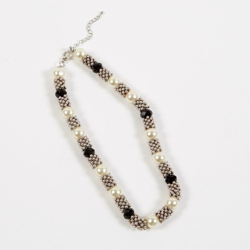 Dante Necklace Pearl cluster