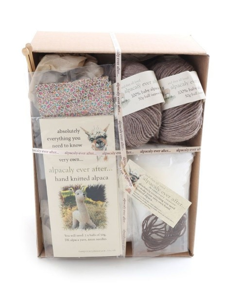 Alpaca Knitting Kit Mocha