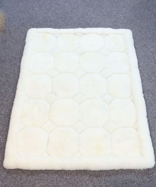 Large Alpaca Geometric Rug White