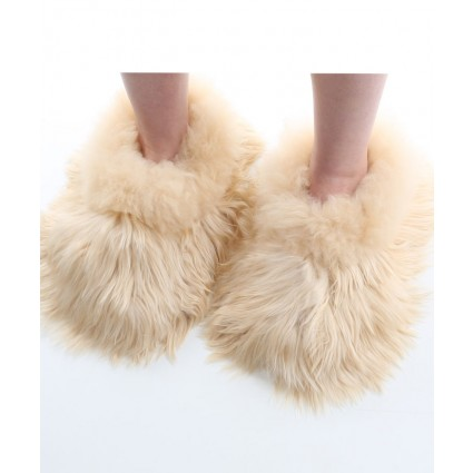 Alpaca Furry Slippers Adult Beige