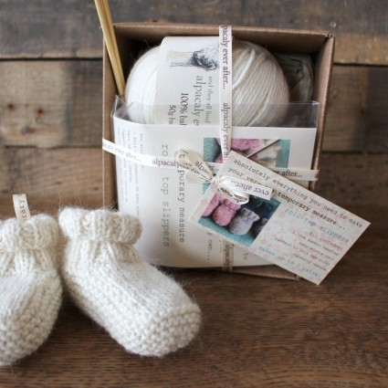 Alpaca Baby Slippers Knitting Kit Cream